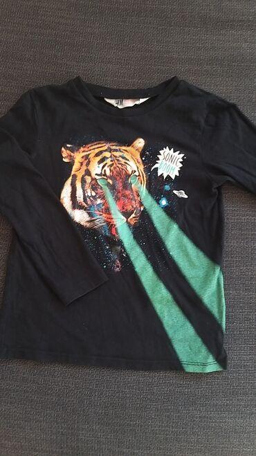 H&M majica dugih rukava za decake. 110/116 velicina