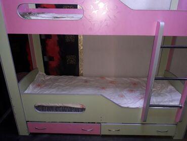 Детская-подростковая двухярусная кровать.в длину 2 ширина 80, высота