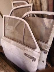 Продаю новенькие двери с обшивками классического белого света от Волги ГАЗ-2401, без царапин и дефектов, просто находка для коллекционеров и любителей Волги в Душанбе