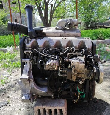 Продаю двигатель на Volkswagen-T-4 2.5 TDi. Все что на фото. Турбина