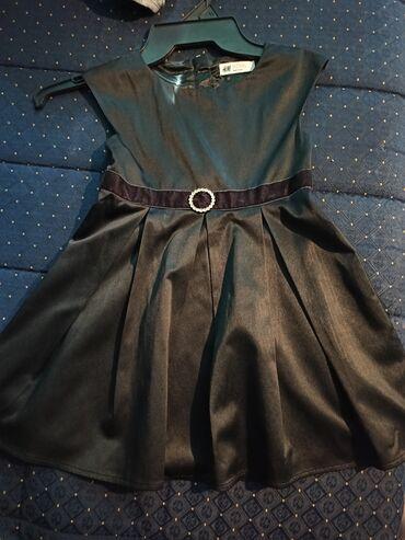 Decije haljine - Krusevac: Prelepa crna satenska haljinica za devojčice čuvene marke