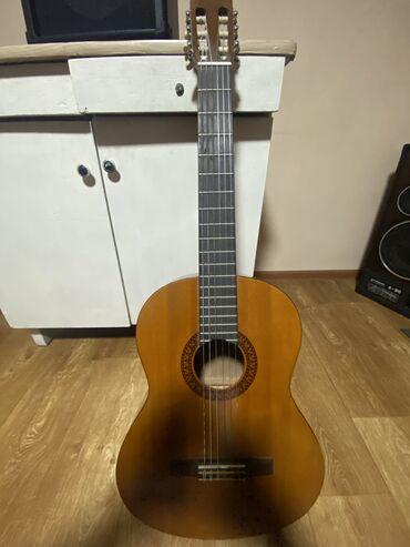 Спорт и хобби - Бишкек: Yamaha C-45,Гитара классическая,в хорошем состоянии!!!