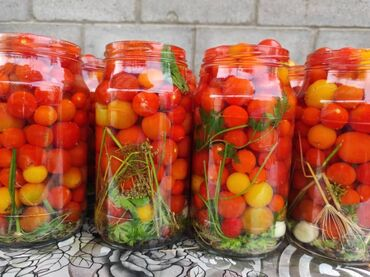188 объявлений: Домашние маринованные огурчики, помидоры, корнишоны, чери, томатные
