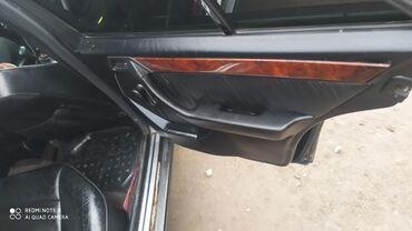 Mercedes-Benz 320 3.2 л. 1993