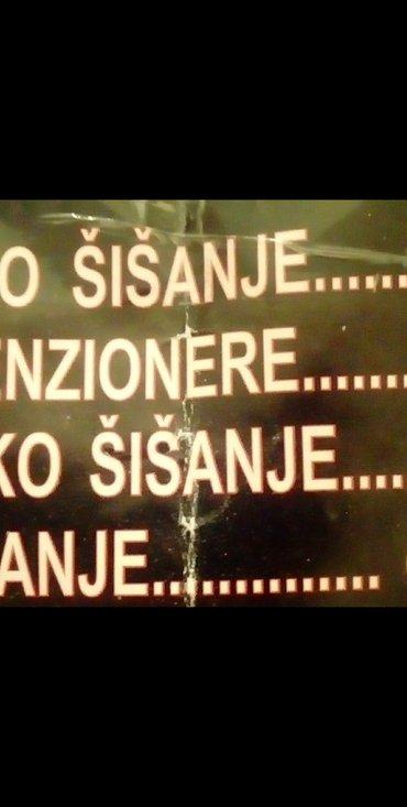 Frizer dolazi na kucnu adresu  usluzno farbanje  350 din  radno - Beograd
