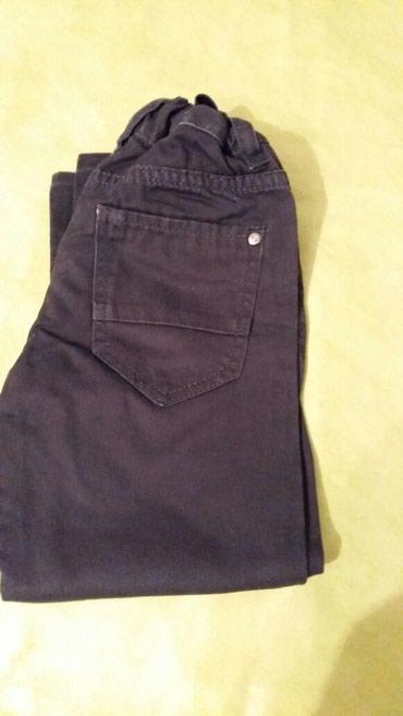 Pantalone za dečake vel.98 C&A jako dobro očuvane,bez - Petrovac na Mlavi
