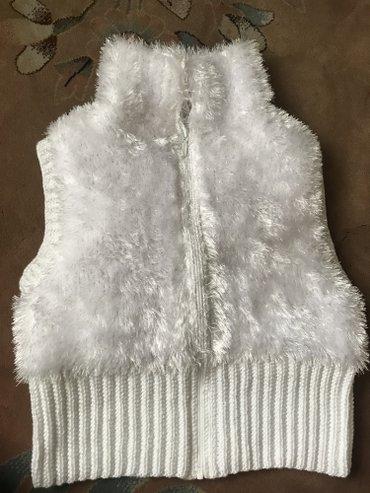 Продаю жилетку ручной вязки из оочень в Бишкек
