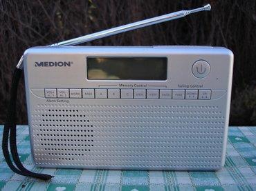 Tranzistor - Srbija: Odličan nemački radio tranzistor marke medion, model md-82157. Jako