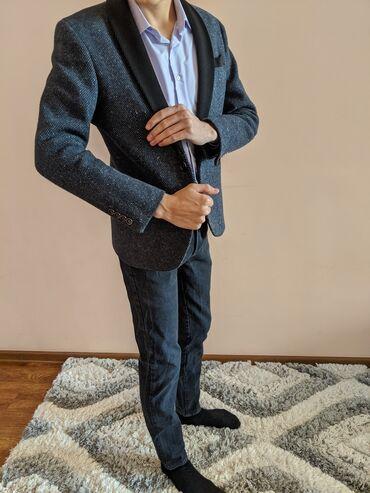 Мужской шерстяной пиджак, очень качественный. Производство Италия
