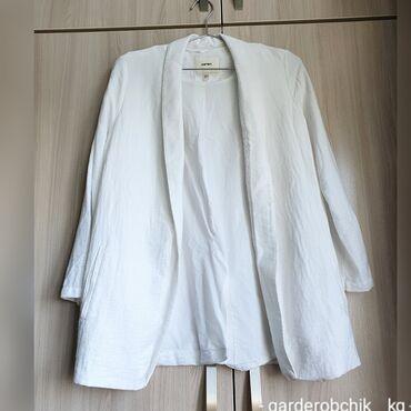 Продаю пиджак Koton в отличном состоянии, покупала за 3500 сом