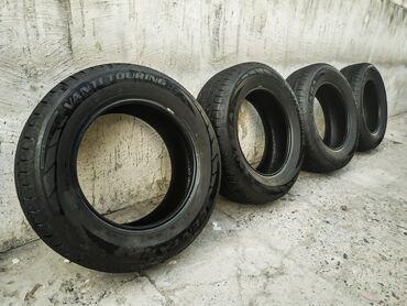 Шины и диски - Бишкек: Шины Резина 215/65/R16 Centara Резина практически новаяПробег меньше
