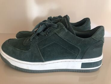 Продаю обувь Michael Kors, оригинал, женские в отл состоянии. Размер 3