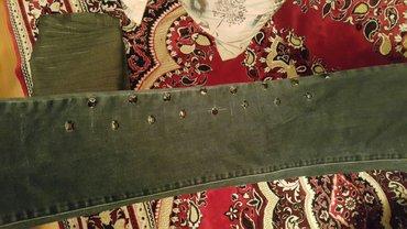 Sumqayıt şəhərində Джинсы чёрные.в отличном состоянии.размер 38