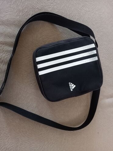 Majica muska adidas - Srbija: ADIDAS MUSKA TORBICA