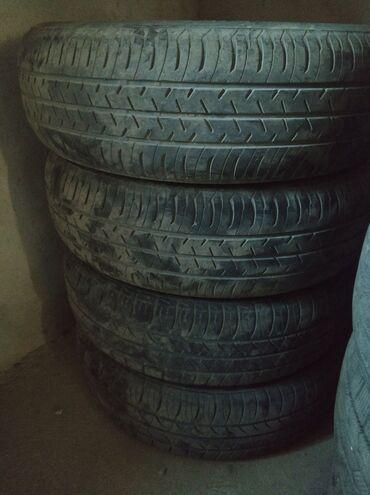 шины 175 65 r14 в Кыргызстан: Продаю летнюю резину, R14, 175/65. 2шт от KINGSTAR, 2 шт от