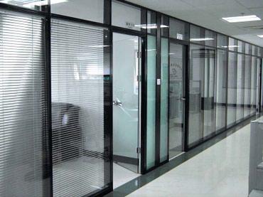 Офисные алюминиевые перегородки int-70. в Бишкек