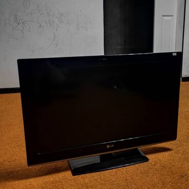 """Lg оригинал, 32"""" (80см), LCD матрица, hd разрешение (1366×768)"""", пульт"""