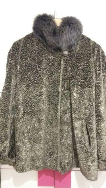 Odlicna bunda vel.44 pravo krzno oko vrata