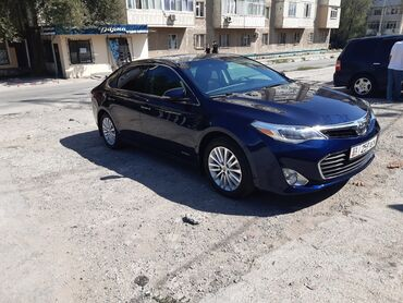 svadebnye platja 2013 goda в Кыргызстан: Toyota 2.5 л. 2013   145000 км