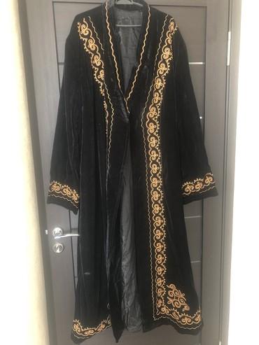 черная длинная футболка мужская в Кыргызстан: Мужской нарядный тулуп(чапан)