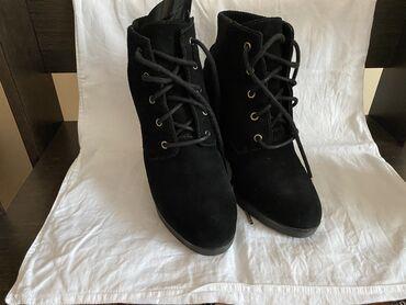женское платье без рукавов в Кыргызстан: Новая и б/у в хорошем состоянии обувь1.ботильоны Michael Kors, размер