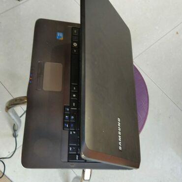 Samsung noutbuku əla vəziyyetdəYaddas 320 gbRam 3 gbOnline dersler ve