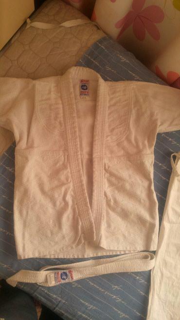 Кимоно для дзюдо детям 7-8 лет, 3-4 раза одевали только  в Бишкек