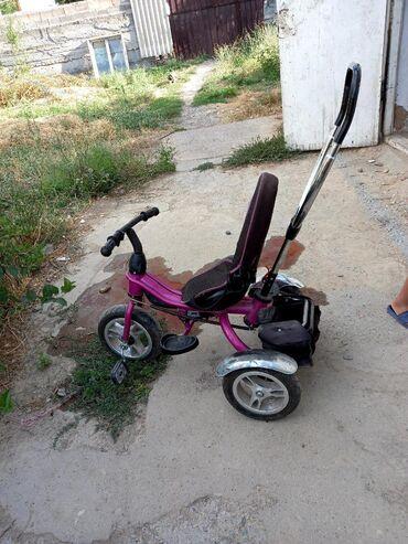 велосипед с детской коляской в Кыргызстан: Детский вело коляска сатылат. Баасы 1500 сом. Окончательно. Сост