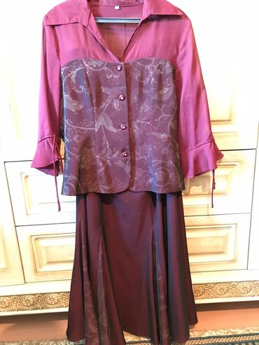 Костюмы - Джалал-Абад: 3 ка костюм бордовый
