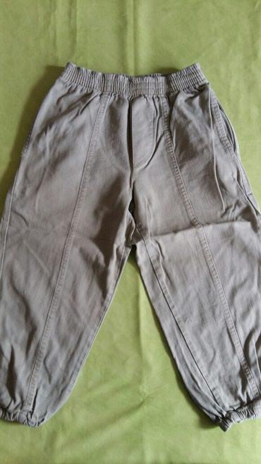 Pantalone za decake vel. 4 god.polovne i ocuvane 100% pamuk - Petrovac na Mlavi