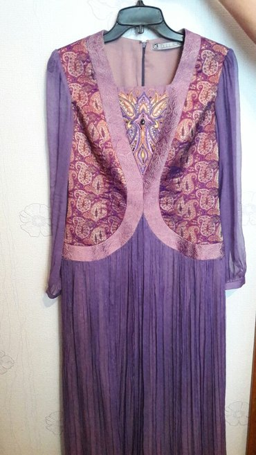 Продаю платье дильбар. размер 38, 40. одевала пару раз в Бишкек