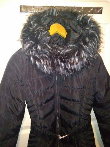 Zimske jakne sa krznom - Srbija: Duga zimska jakna BEZ OŠTEĆENJA  Duga zimska jakna S veličine, bez ošt