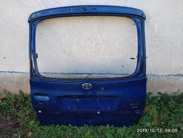 фун в Кыргызстан: Задняя дверь на тайоты функарго и на ярис