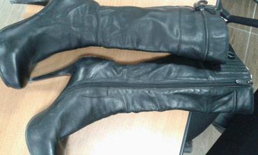 37 размер обувь в Ак-Джол: Сапоги деми кожа. б/у. В отличном состоянии. 35 размер. брала в
