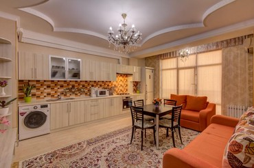 Посуточная аренда квартир в Кыргызстан: Шикарная квартира 2 комнатная р-н Вефа. Цена договорная. У нас чисто