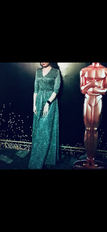 шикарные вечерние платья в пол в Кыргызстан: Лучшее платье на твой той    Шикарное платье в пол, нереально блестит