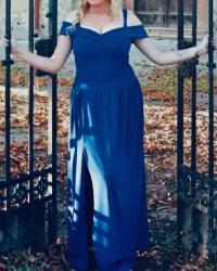 Haljine | Vrsac: Duga haljina,odgovara broju 38-40,nosena samo jednom bez ikakvih