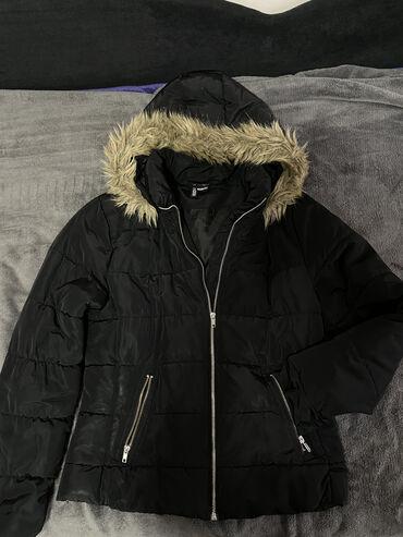Zenska decija - Srbija: Dve zenske zimske jakne po ceni jedne-kao noveKratka-40 velicina(