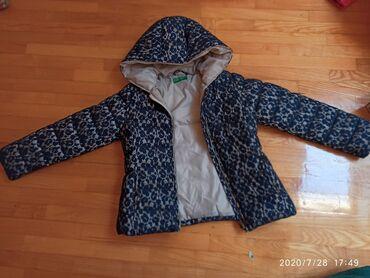 Zimska jakna - Srbija: Benetton jakna za devojčicu od 7-8 godina, kraća, zimska u odličnom