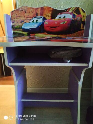 Продаю детскую парту