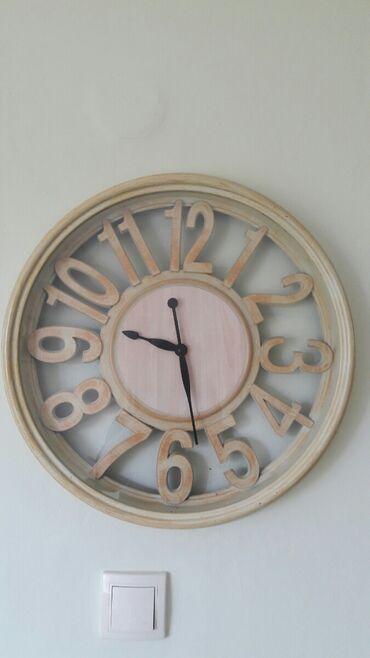 Umetnost i kolekcionarstvo - Stara Pazova: Zidni sat noov. Precnik oko 50 cm za 800 din