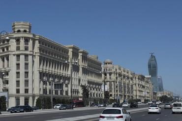 Bakı şəhərində Genclikde yerlesen yuksekmertebeli binaya muhafizeci teleb olunur,yas