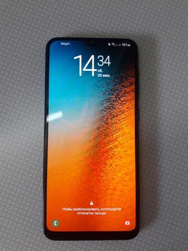 Samsung-a-3 - Кыргызстан: Samsung A20 в идеальном состоянии,чёрный,SuperAmoled,3/32,полный