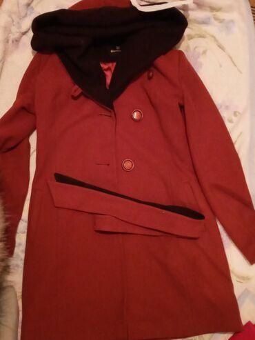 Продаю пальто. Размер 44-46. В хорошем состоянии. Покупала за 7тыс