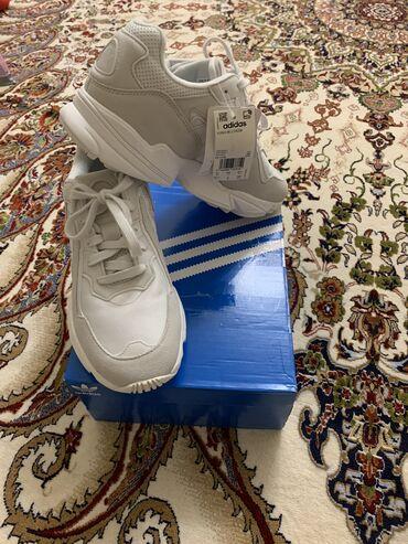 adidas barikada в Кыргызстан: Продаю кроссовки Adidas Original Young-96 CHASM,новые ни разу не
