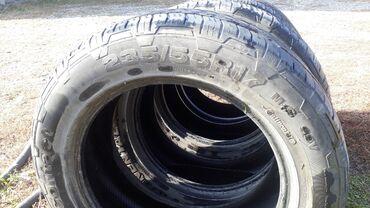 шины на 17 цена в Кыргызстан: Шины лето. 235/55/17 комплект в хорошем состоянии. Цена 8000сом
