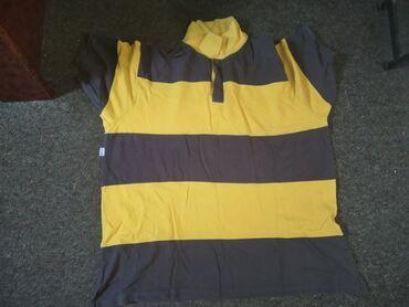 Nova muska bluza -Nikad nosena, velicina je uslikana.Za bilo kakva