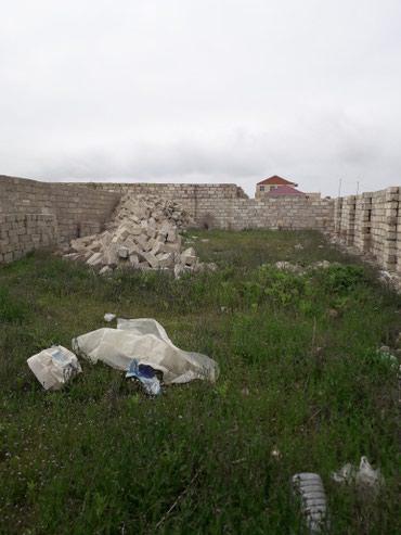 Bakı şəhərində Torpaq sahesi satilir hasarin icinde yeni suraxanida aldiqimiz