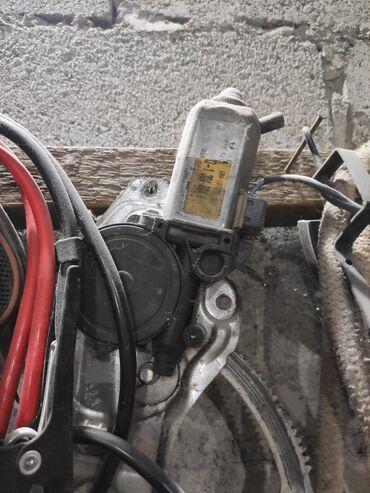 Транспорт - Александровка: Моторчик стеклоподъёмник БМВ 34