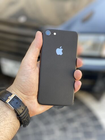 Iphone 8 tam yeni kimidir karopkasi adaptri var qiymet sondu!